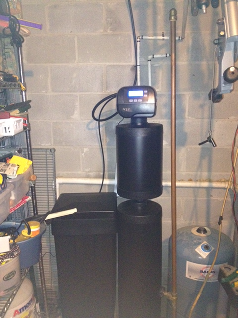 Water Softener with Carbon Filtration and Reverse Osmosis Drinking System